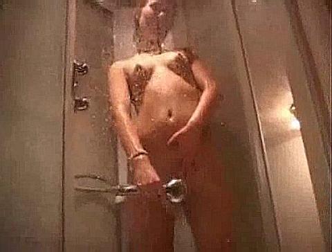 frage nach selbstbefriedigung duschen