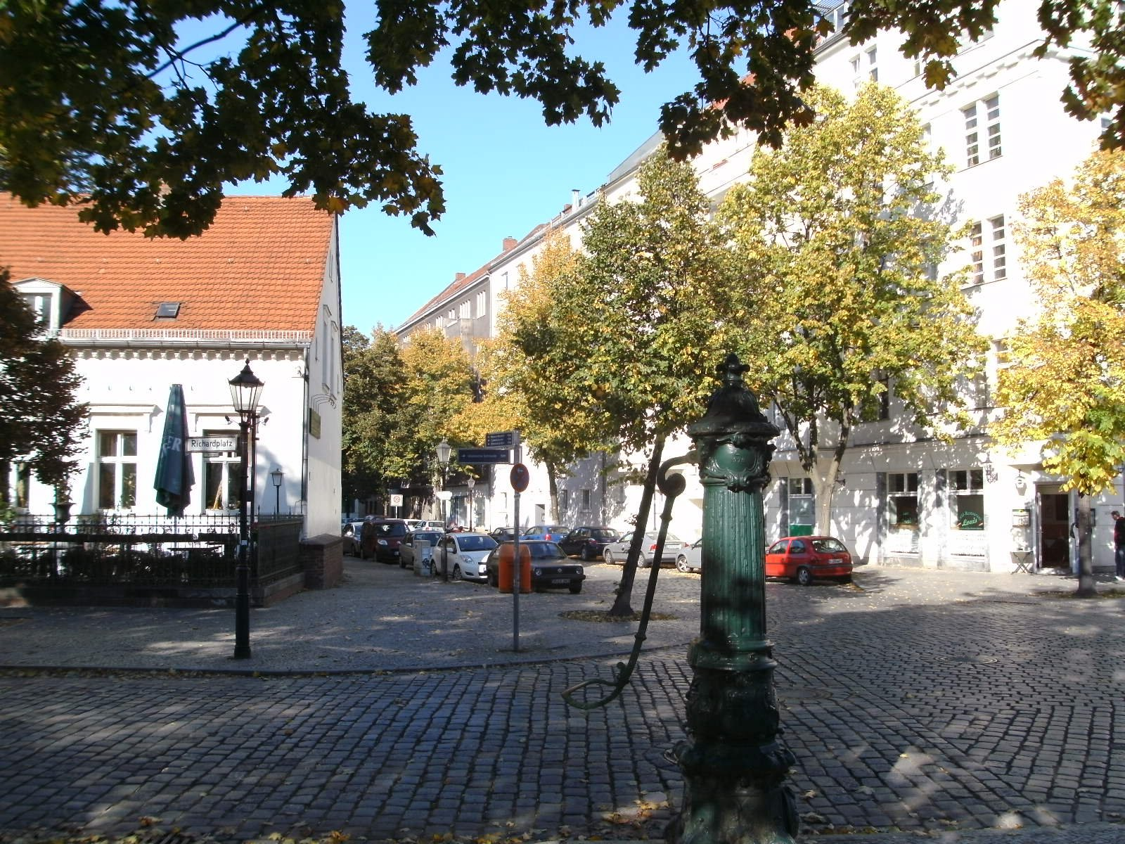 berlin neuk lln richardplatz burks 39 blog. Black Bedroom Furniture Sets. Home Design Ideas