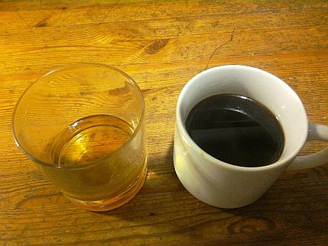 Kafee und Whisky