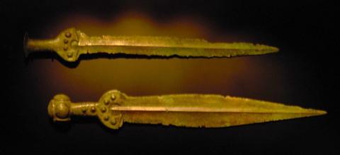 Bronzeschwerter